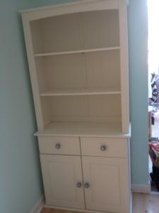 dresser11