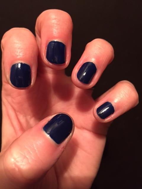 navy nails   hannahhotcakes